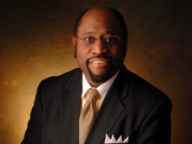 "UK leaders pay tribute to Myles Munroe: ""a giant of our time"""