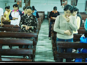 Christians in China continue to go underground