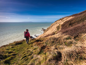 Why more evangelicals are going on retreats