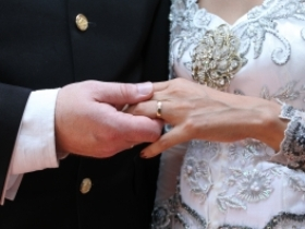 Christians must model real marriage to society